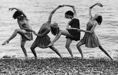 21 Aug 1934, Walmer, Kent, England, UK --- Summer school students of Miss Margaret Morris rehearse on the beach. --- Image by © Hulton-Deutsch Collection/CORBIS